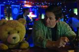 Screenshot van Ted 2